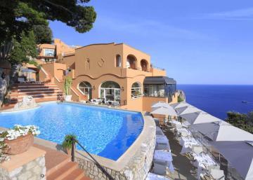 Évadez-vous de l'hiver en visitant cet hôtel de Capri!