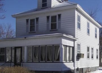 D'ordinaire à fabuleuse; voyez la superbe transformation de cette maison de 1912.
