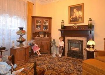Cette maison à vendre du plateau Mt-Royal aurait certainement bénéficié d'un petit home staging... Qu'en pensez-vous?