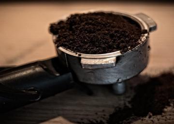 Voici pourquoi vous ne devriez jamais jeter votre marc de café