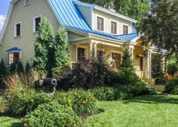Que diriez-vous d'habiter dans cette ravissante maison centenaire??