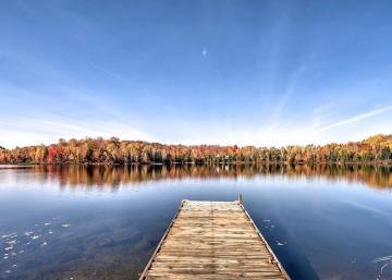 Imaginez prendre votre café ici tous les matins!! Un paradis sur terre!! Et c'est seulement à 1h de Montréal!!