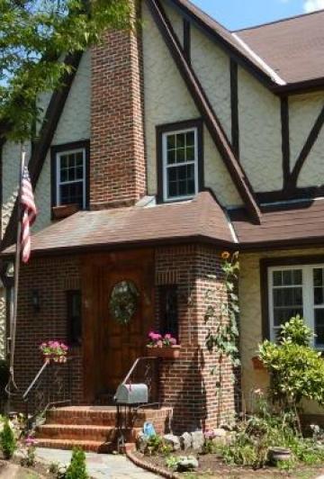 La maison d'enfance de Donald Trump est à vendre! Vous pourriez avoir une petite surprise en visitant l'intérieur.