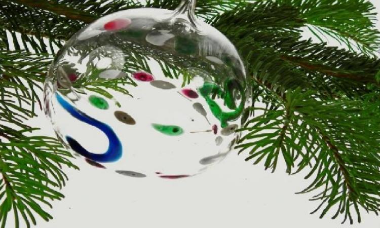 Pour éviter qu'il perde ses épines avant Noël... Trucs et astuces pour préserver votre sapin naturel tout au long des Fêtes