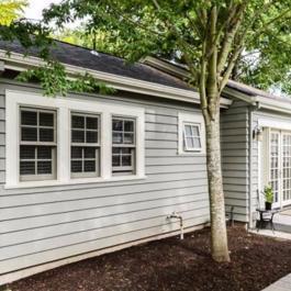 Ce garage a été transformé en une petite maison de 500 pieds. Le résultat est spectaculaire.