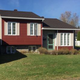 Cette maison à vendre de Lavaltrie pourrait bien vous surprendre avec son prix de vente!