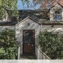 Avant-après; voyez les images saisissantes de la transformation de cette vieille maison!