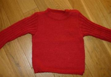 Comment redonner sa taille à un chandail de laine qui a rétréci au lavage?