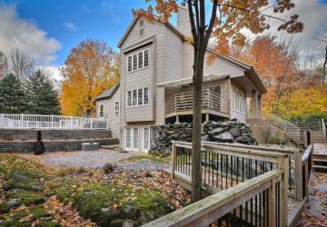 Cette splendide maison est à vendre pour 73 200 $ sous l'évaluation municipale! Découvrez ce petit bijou!