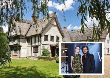 Kit Harington (Jon Snow) et sa compagne emménagent dans cette maison médiévale du 15e siècle!