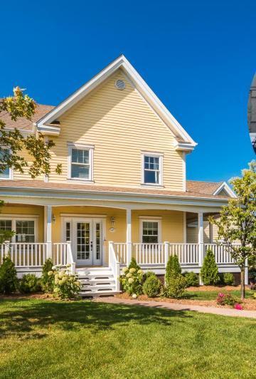 Marilou vend sa maison! D'une incroyable beauté, la résidence de la star vous laissera sans voix!