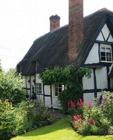 Vous êtes-vous déjà demandé à quoi ressemblait l'intérieur de ces petites maisons?
