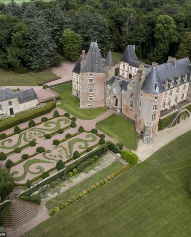 Et si votre prochaine maison était un château? Il pourrait vous appartenir pour 1 Euro!