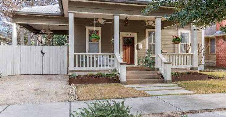 Voyez comment cette superbe maison de 1929 a été rénovée au goût du jour tout en gardant son charme d'époque.