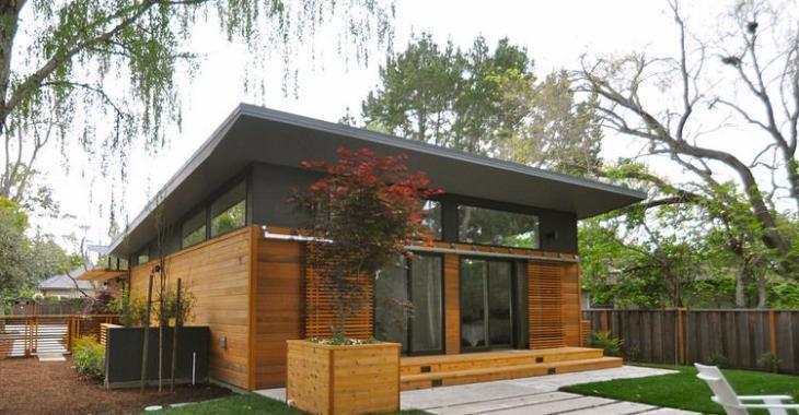 Pouvez-vous croire que cette maison a été construite avec 2 conteneurs?