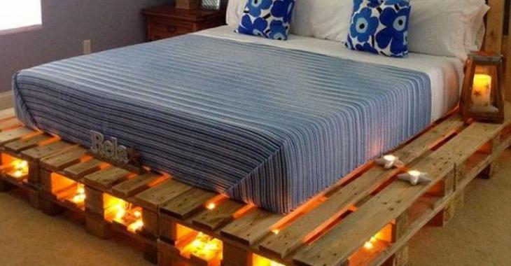 Pourquoi acheter un lit quand vous pouvez le fabriquer!? Voici 11 idées pour vous inspirer à fabriquer un lit avec des palettes de bois!
