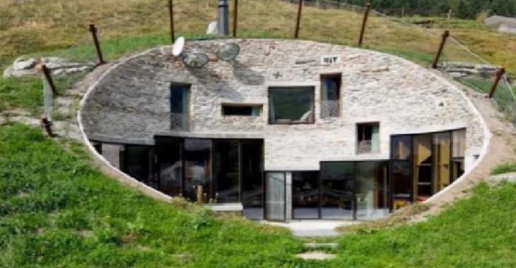 Deux Architectes Se Lancent Le Dfi De Construire Une Maison Dans Le