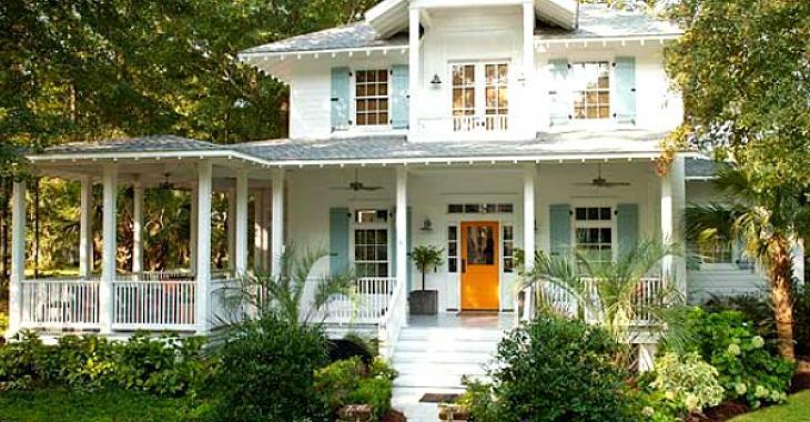 Cette maison épate avec ses couleurs et son mélange de styles. Enfin des propriétaires qui osent!