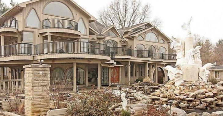 Voilà ce qui arrive quand une maison est conçue par un architecte sans talent!