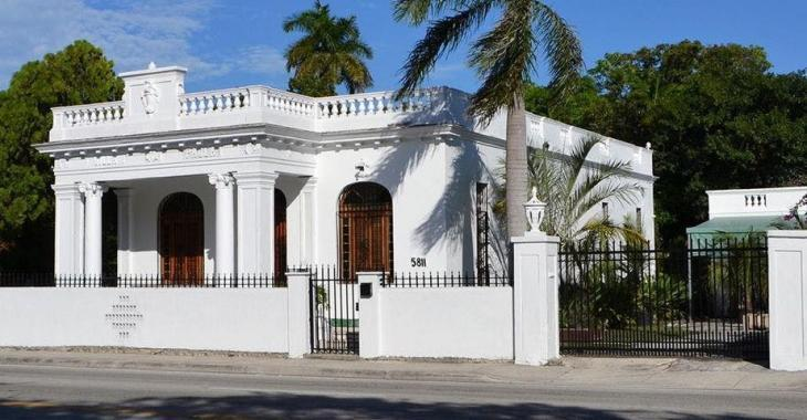 La maison la plus hantée de Miami est maintenant à vendre!