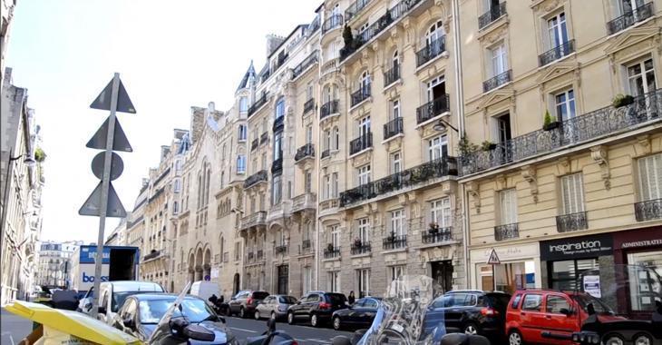 Voyez comment ce minuscule appartement de 8 m² a été transformé en charmant petit cocon douillet!