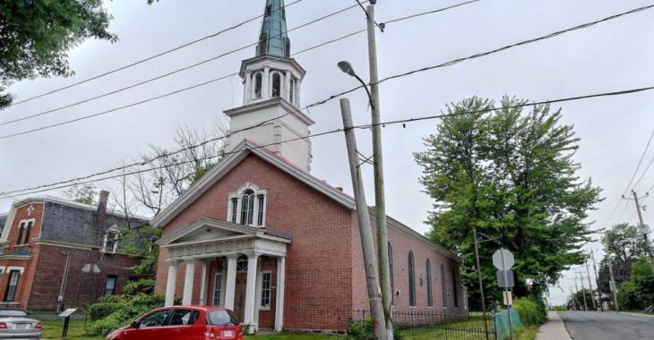Ça vous dirait d'être propriétaire d'une église?