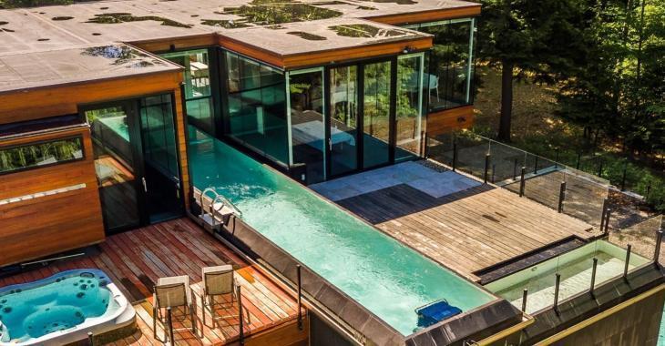 Aimez-vous les maisons modernes? Celle-ci est pour vous!