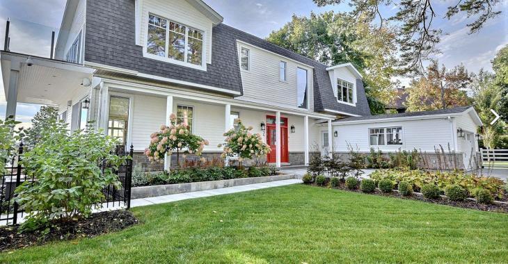 Cette magnifique résidence à vendre vous charmera avec son intérieur exceptionnel