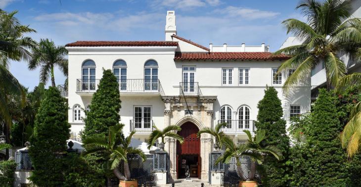 La fameuse maison de Gianni Versace a été transformée en hôtel de luxe