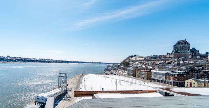 Ce luxueux condo à Québec offre une vue incroyable sur le fleuve et sur le Château Frontenac!