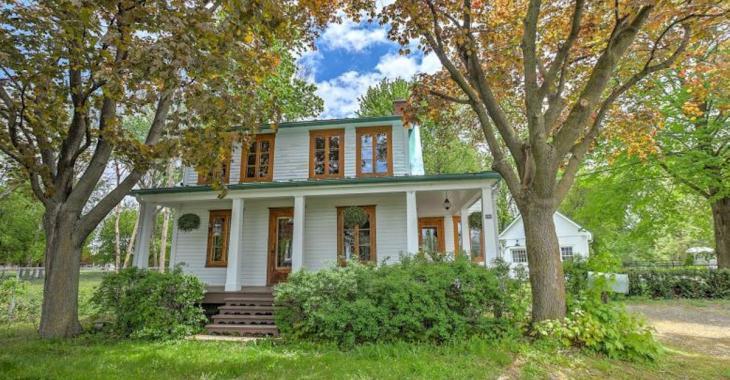 Cette maison de 1843 est la preuve qu'il est possible de rénover avec goût tout en conservant le cachet d'époque!