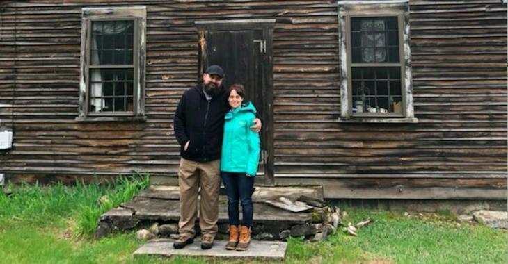 Un couple a acheté la maison qui a inspiré le film  « The Conjuring » et affirme que des choses étranges s'y produisent