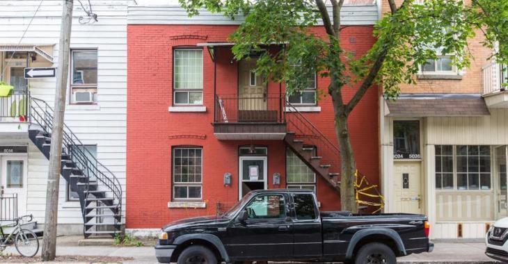 Les internautes sont choqués par les photos de cette maison à vendre à Montréal qui vaut 709 500$