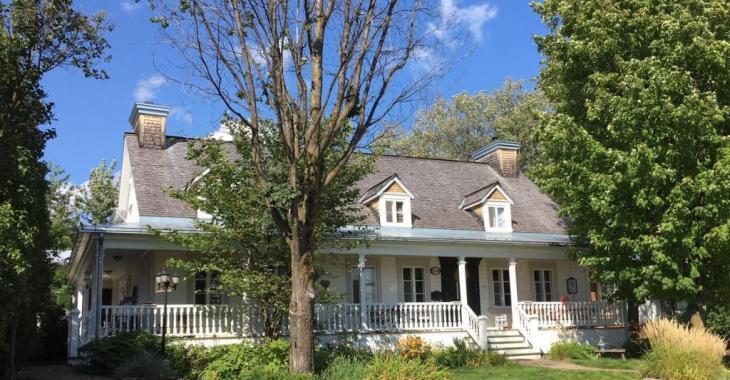Vous tomberez amoureux de cette résidence de 1792 restaurée avec le plus grand soin