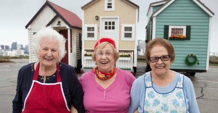 Nouvelle tendance: des personnes âgées choisissent les mini maisons pour éviter de vivre en centre d'accueil