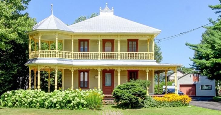Maison centenaire avec cachet d'antan et beaucoup de caractère en Montérégie