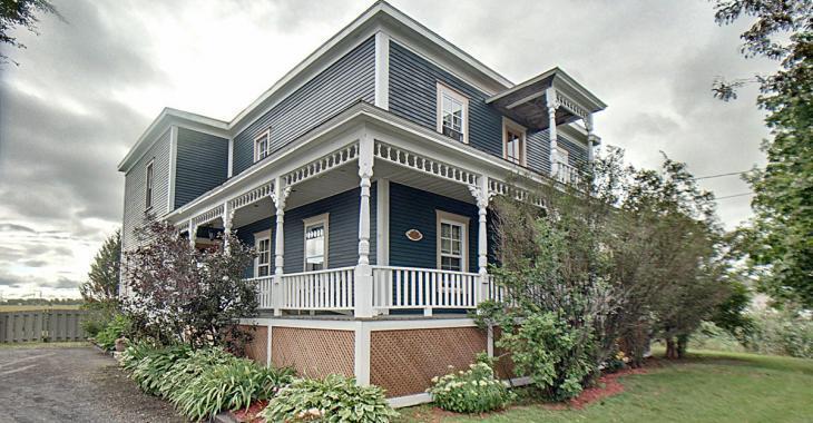 Authentique maison victorienne à vendre à Marieville