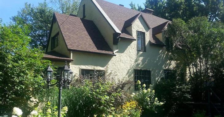 La campagne anglaise? Non! Cette demeure centenaire et son somptueux jardin se trouvent dans la région de Québec!