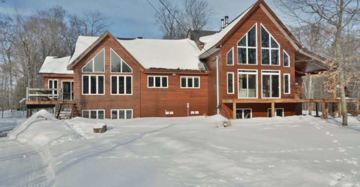 Stupéfiante maison intergénérationnelle à vendre