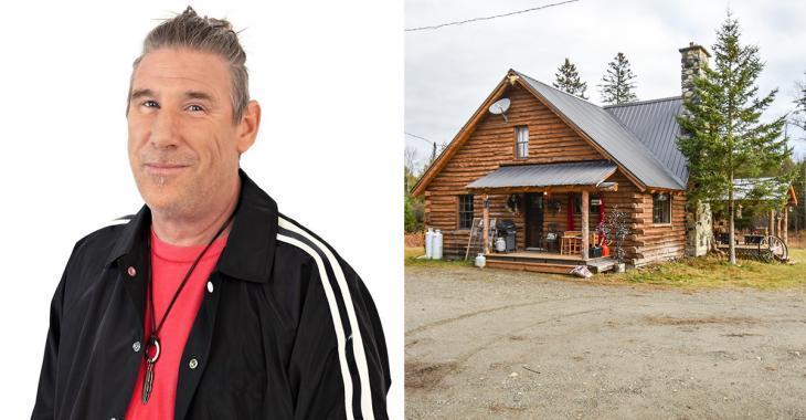 L'humoriste Peter MacLeod veut vous louer son chalet dans les Cantons de l'est cet été