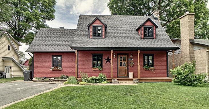 Vous vous sentirez comme au chalet dans cette magnifique maison canadienne