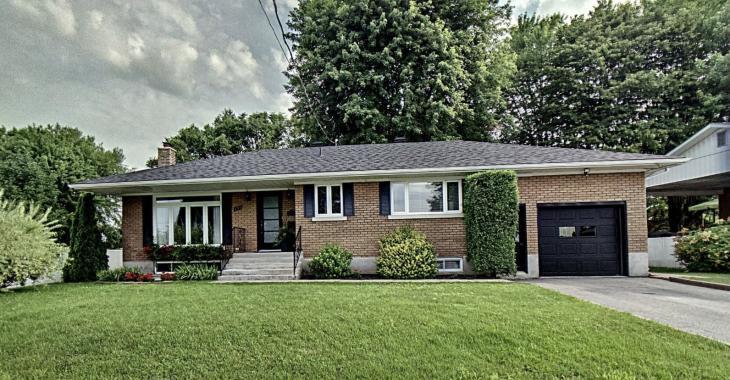 Magnifique propriété clé en main avec un beau terrain aménagé à vendre pour 289 000 $