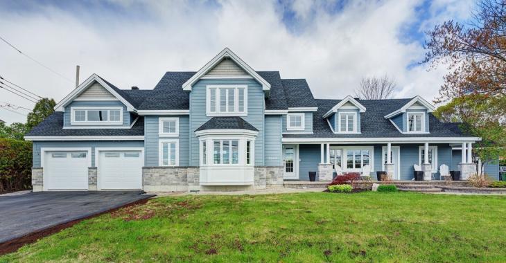 Impressionnante maison intergénérationnelle vous offrant qualité, confort et finitions haut de gamme