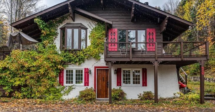 Sympathique demeure de style suisse à vendre pour 265 000$