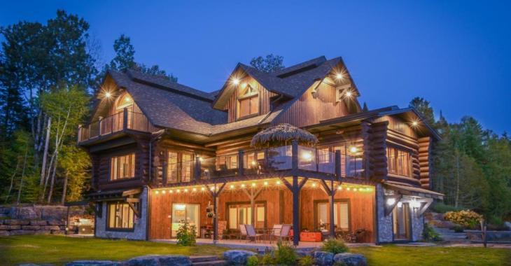 Magnifique maison de prestige au cachet d'un chalet de bois rond pour TOUTE la famille!