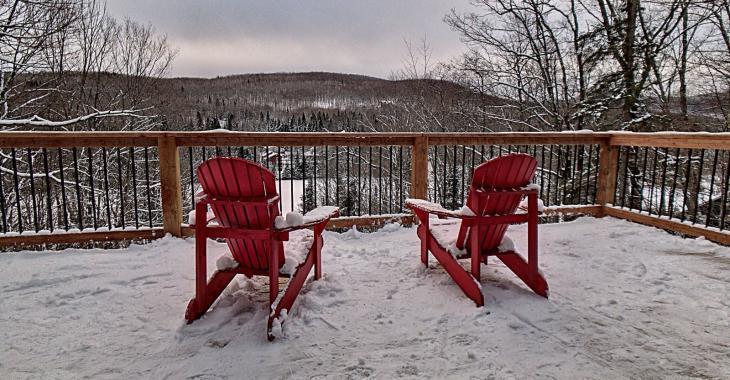 Entièrement rénové! Magnifique chalet avec quai privé sur le lac Sainte-Marie à moins d'une heure de Montréal