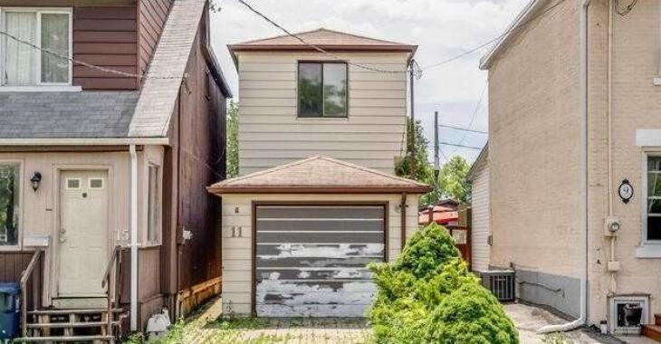 Cette maison délabrée sent tellement mauvais et pourtant elle est en vente à 500 000$