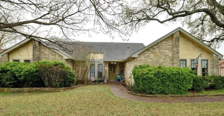 L'intérieur très douteux de cette maison à vendre pour 750 000$ fait beaucoup jaser.