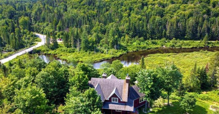 15 acres de splendeurs naturelles et de sérénité à 1 hr de Montréal: bienvenue dans le plus exceptionnel des paradis terrestres!